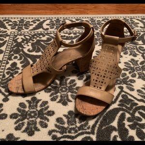 Aerosoles Tan Faux Leather Heel
